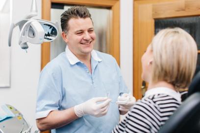 Zahnarzt Seeshaupt, Penzberg, Weilheim, Tutzing - Praxis Radu Firoiu - Ästhetische Zahnheilkunde - Transparente Zahnkorrektur