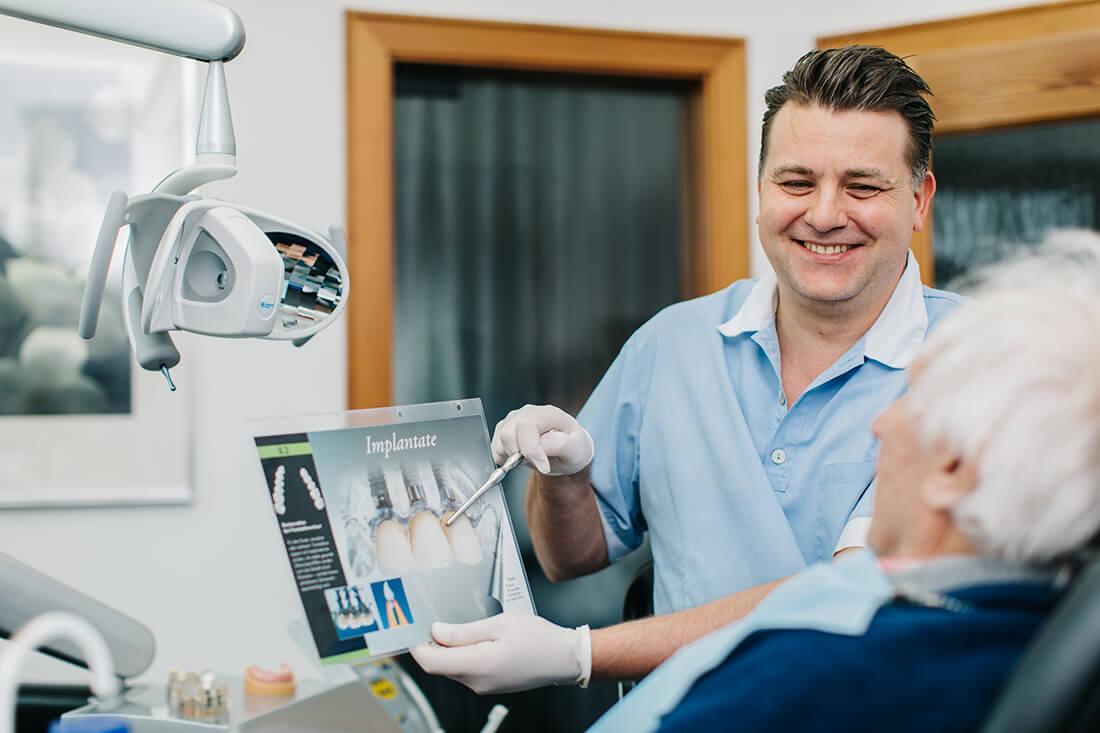Zahnarzt Seeshaupt, Penzberg, Weilheim, Tutzing - Praxis Radu Firoiu - Leistungen - Implantate